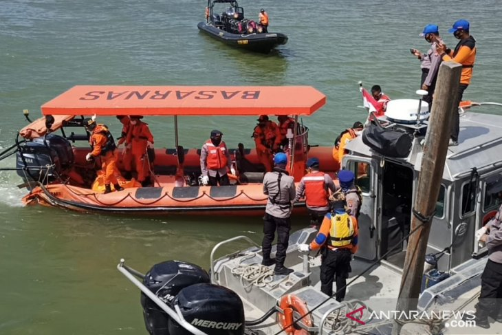 Satu personel Polairud korban kecelakaan laut ditemukan