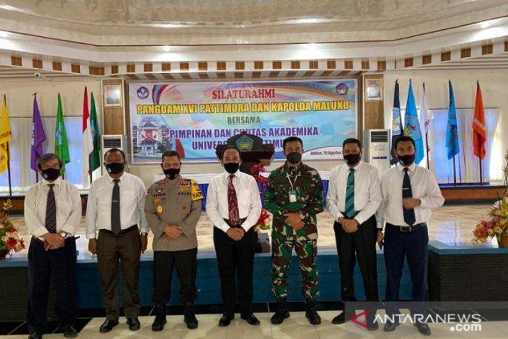 Rektor Pemkab dukung kampus Unpatti di MBD dan Kepulauan Aru