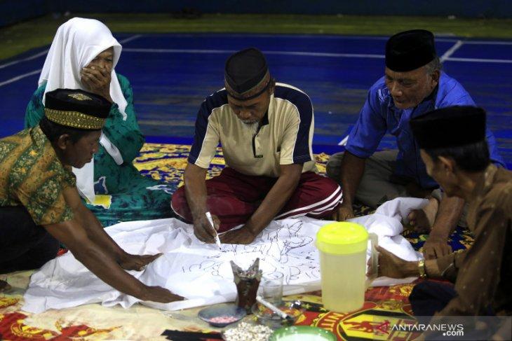 Warga suku Bajau Torosiaje gelar ritual tolak bala