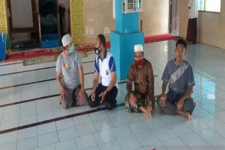 Ingatkan protokol kesehatan pengurus masjid