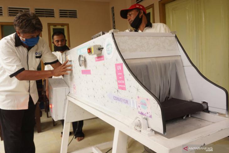 Sekelompok pemuda Tulungagung kembangkan teknologi conveyor berpemanas anticovid