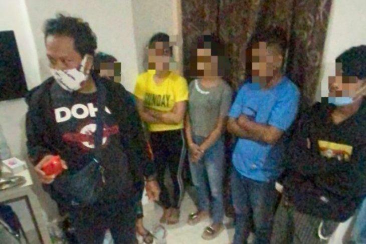 Polda Kalbar bongkar prostitusi online libatkan anak di bawah umur