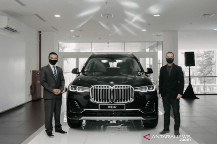 BMW luncurkan The President BMWX7 xDrive40i Pure Excellence di Medan