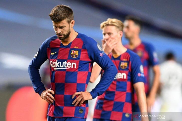 Pique serukan perubahan radikal di Barcelona usai dibantai Bayern Munchen