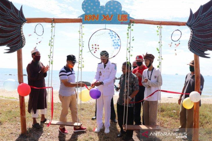 Wabup Bangka apresiasi dibukanya Wisata Pantai Batu Berakit