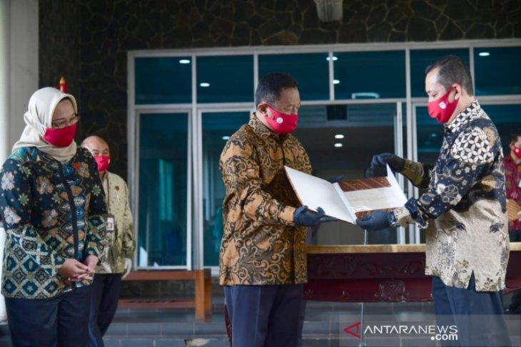 Naskah asli teks proklamasi tulisan Soekarno akan ditampilkan di Istana