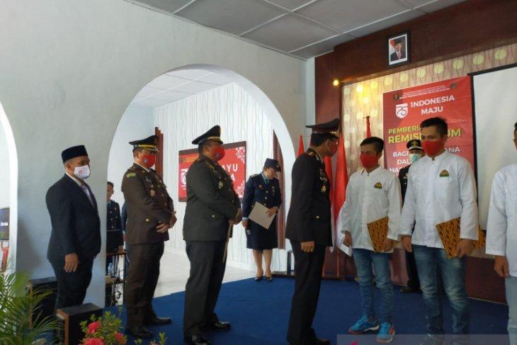 60 narapidana di Rutan Mentok terima remisi Kemerdekaan RI