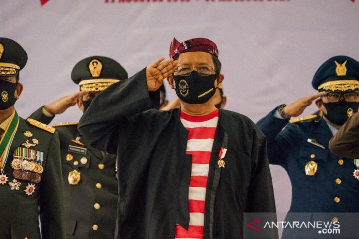 Upacara Kemerdekaan RI, Mahfud MD gunakan baju tradisional Madura
