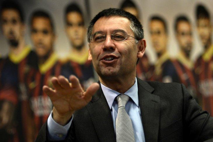 Bos Barcelona tegaskan Koeman jadi pelatih, Messi di Nou Camp