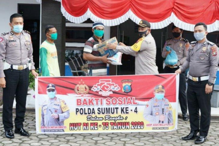 Bakti sosial Polri di HUT RI, 500 paket bahan pokok di Simalungun