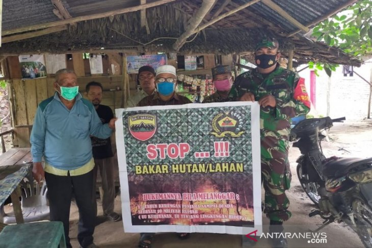 Cegah Karhutla, Babinsa Koramil 06/Dolok sosialisasi ke Desa Aek Kundur