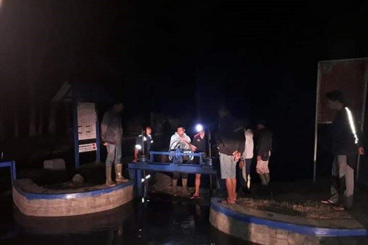 Distan Mukomuko targetkan pembangunan 17 pintu air September