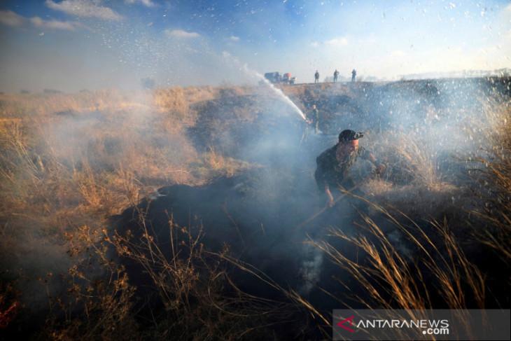 Israel serang lokasi Hamas di Gaza, balasan atas serangan balon pembakar