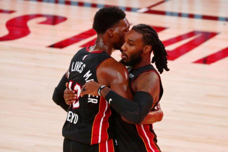 Miami Heat tumbangkan Pacers 124-115 untuk memimpin 3-0