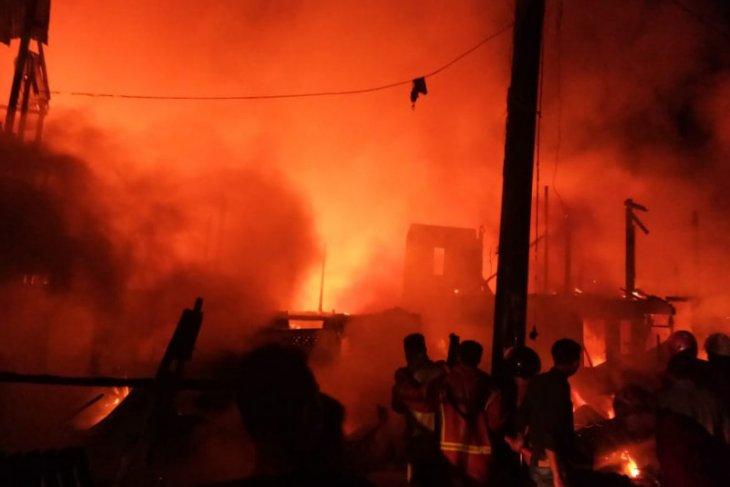 111 rumah terbakar di Makasar,  satu korban tewas