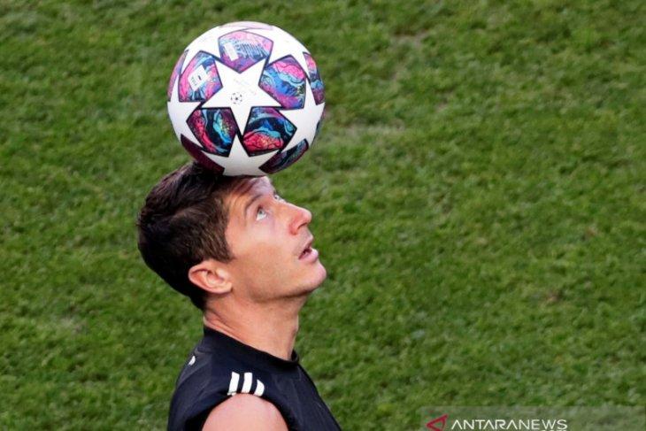 Lewandowski klaim dirinya layak memenangkan Ballon d'Or