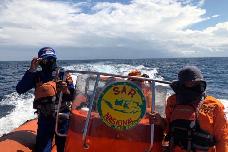 Tim SAR Ambon hentikan pencarian remaja tercebur di Laut Banda