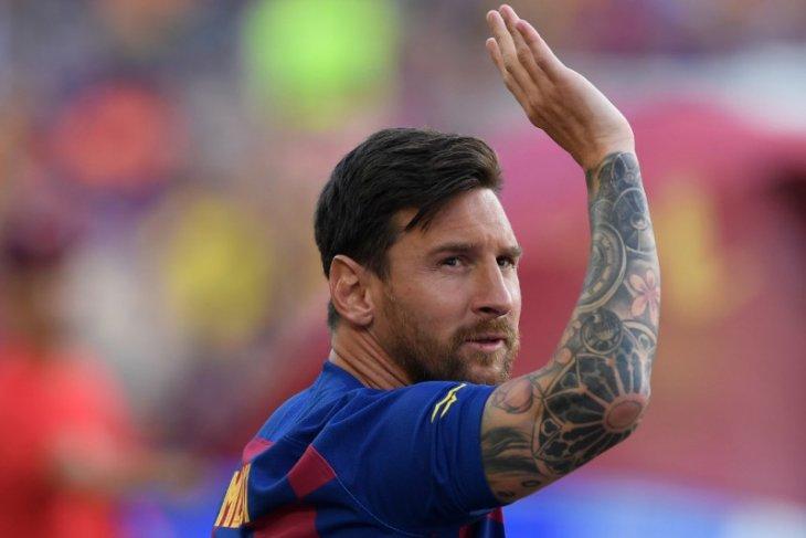 Neymar berbicara dengan Messi perihal kemungkinan gabung PSG