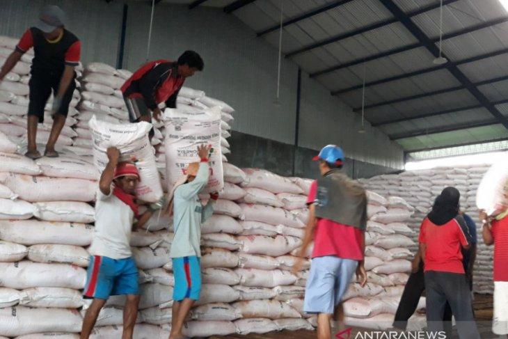 Pupuk Kujang pastikan pasokan pupuk bersubsidi aman untuk petani di Karawang