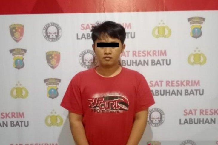 Anggota DPRD Labusel cabut kuku warga pakai tang ditahan polisi