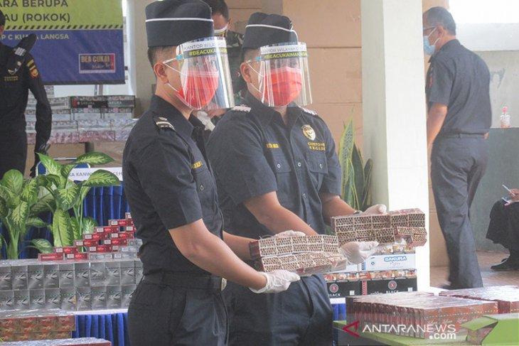 Bea Cukai Aceh musnahkan rokok ilegal senilai Rp3,3 miliar