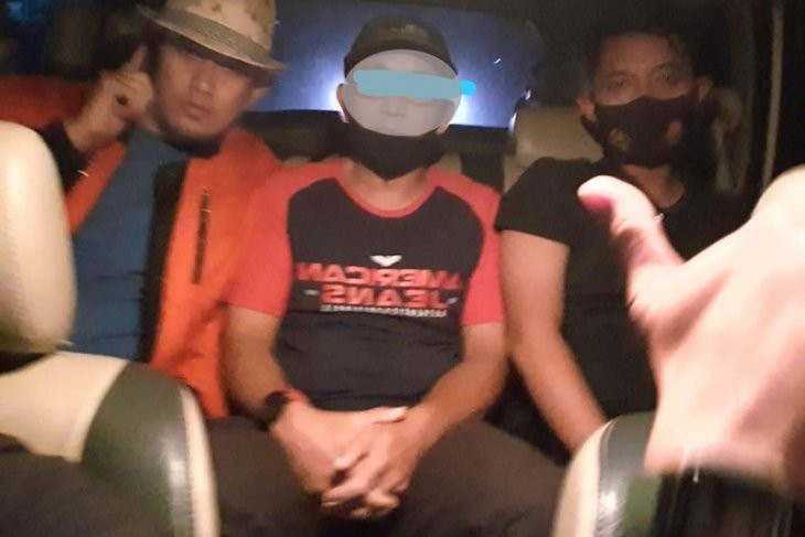 Polisi tangkap seorang PNS diduga hina ulama di media sosial