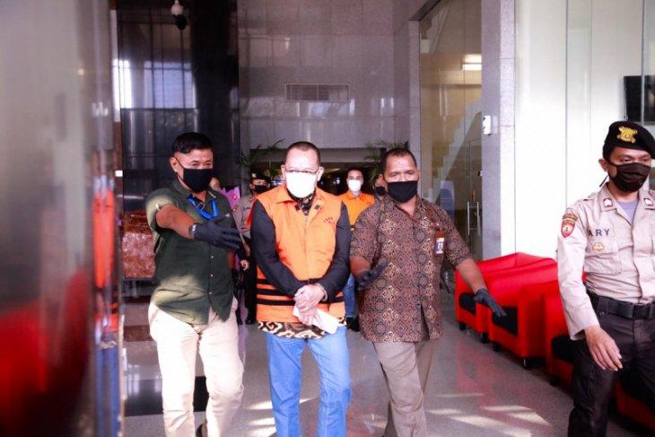 KPK perpanjang penahanan mantan Sekretaris MA Nurhadi dan menantunya