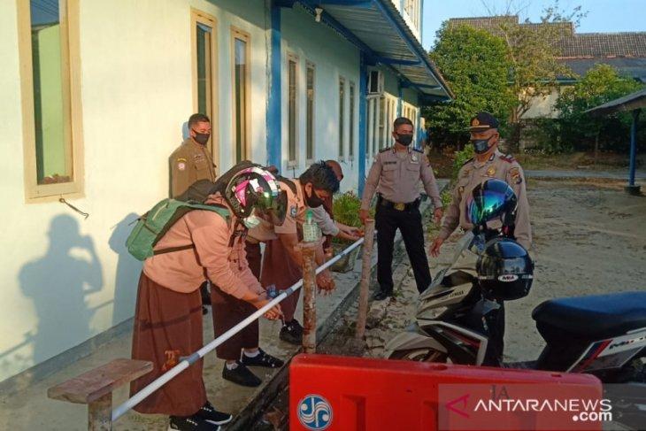 Polisi Bangka Barat pantau KBM tatap muka