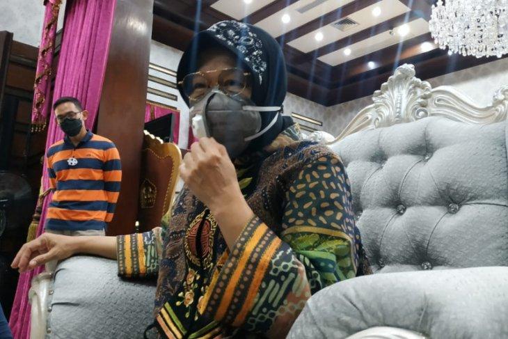 Risma akui diminta masukan Megawati soal bacawali Surabaya