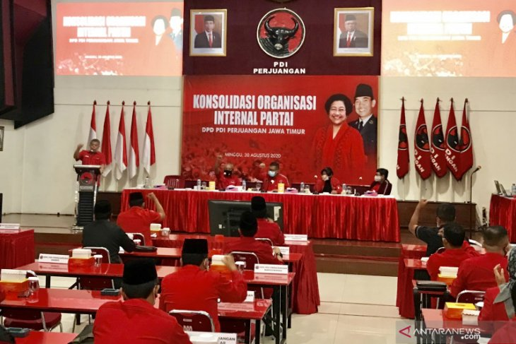 Sekjen PDIP: Kader harus patuhi rekomendasi Pilkada Surabaya