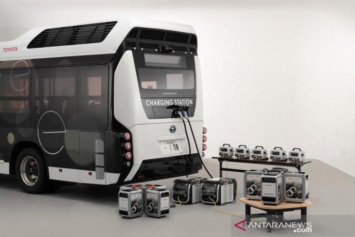 Toyota dan Honda bermitra dalam uji coba mobil pemasok listrik