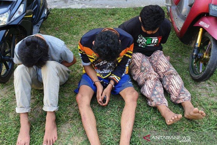 Tiga pemuda Sukaraja Bengkulu terduga penjambret diringkus polisi