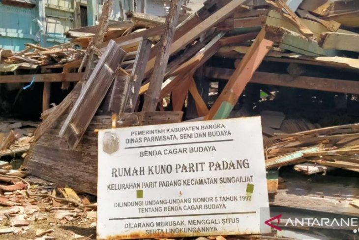 Rumah cagar budaya berumur 200 tahun di Bangka roboh