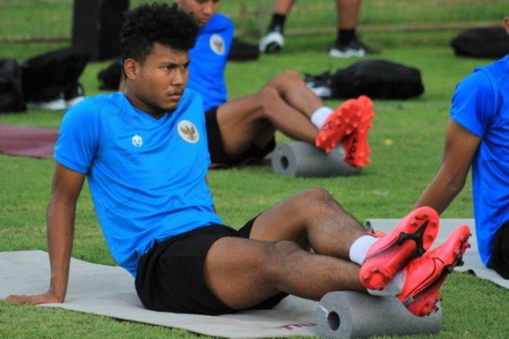 Latihan keras Shin Tae-yong, sejumlah pemain Timnas U-19  pingsan dan cedera
