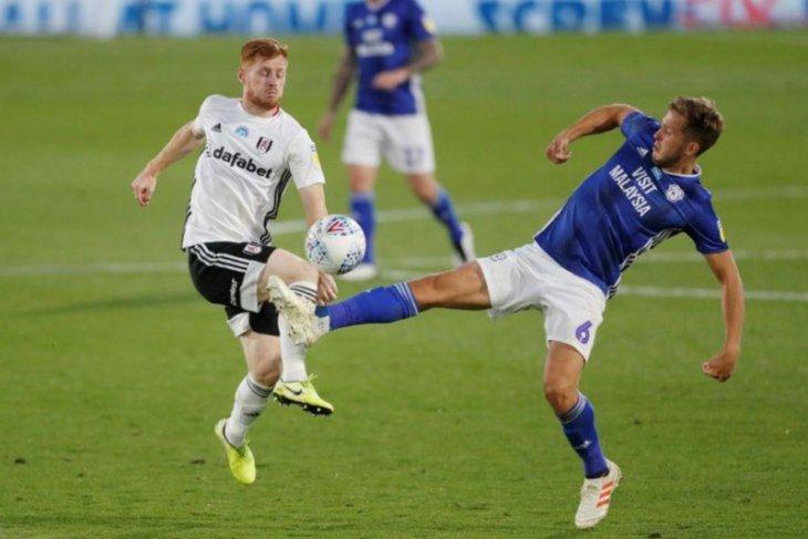 Liga Inggris: Fulham kontrak dua pemain dari Southampton