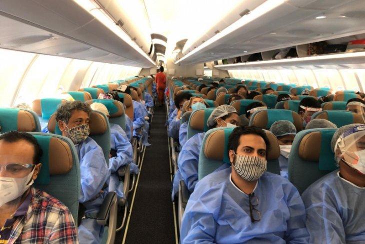 Sebanyak 281 WNI yang  sempat tertahan di India akhirnya pulang ke Indonesia