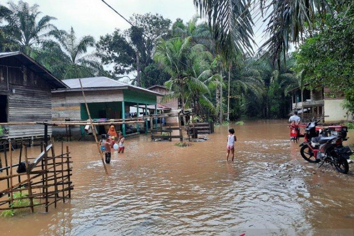 Banjir rendam sembilan desa di Aceh Singkil