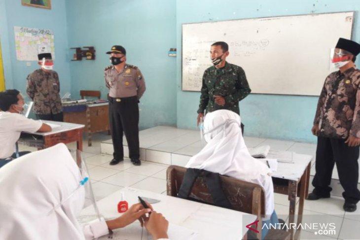 Tiga sekolah di Bangkalan uji coba pembelajaran tatap muka terbatas
