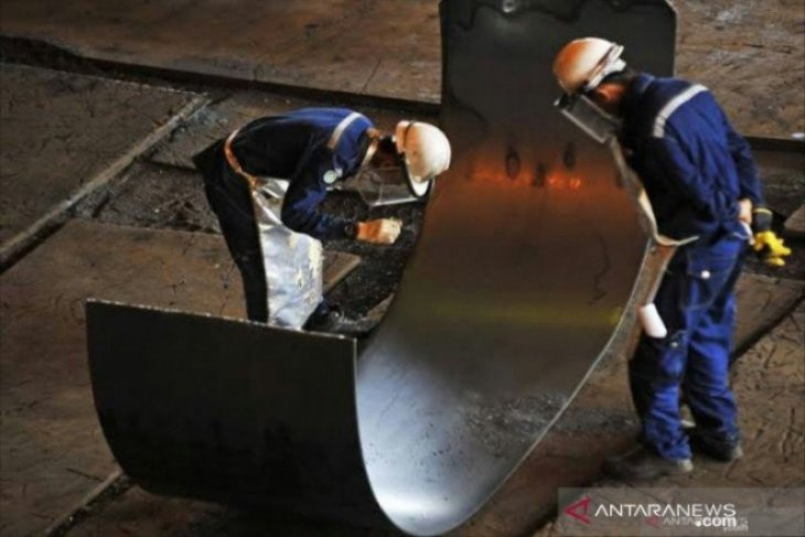 Impor baja dengan SNI palsu merugikan industri nasional