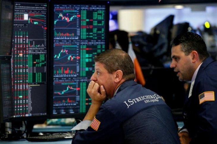 Wall Street dibuka bervariasi dengan Indeks Dow Jones turun 54,78 poin