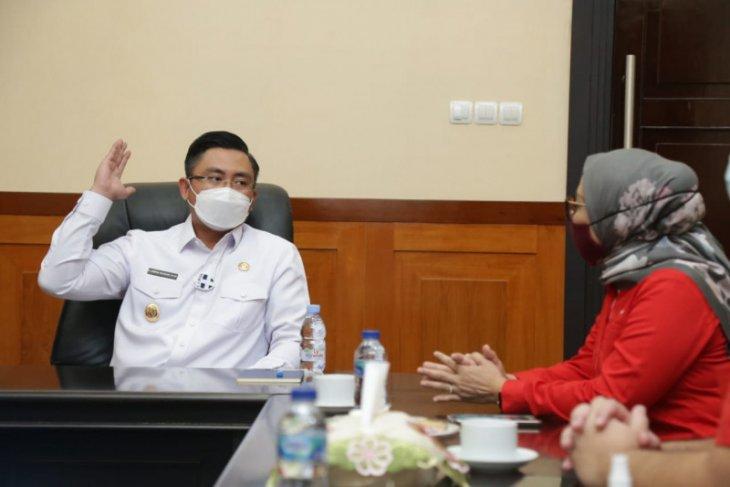 Wagub Banten Andika Hazrumy  minta Telkomsel perluas jaringan internet hingga pelosok