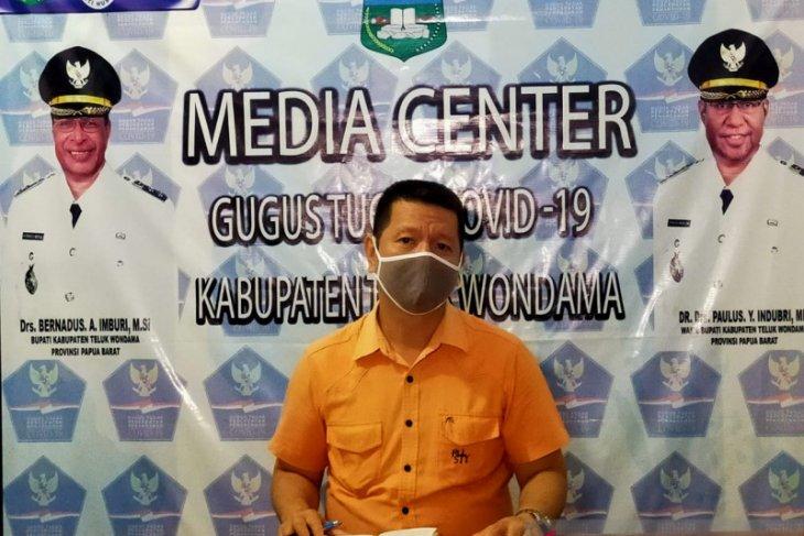 Teluk Wondama masih merawat empat pasien COVID-19
