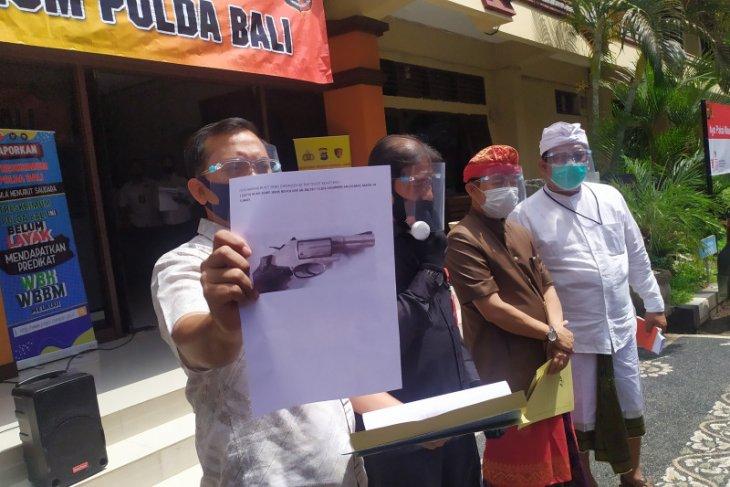 Polda Bali temukan dua senjata ilegal di rumah Tri Nugraha