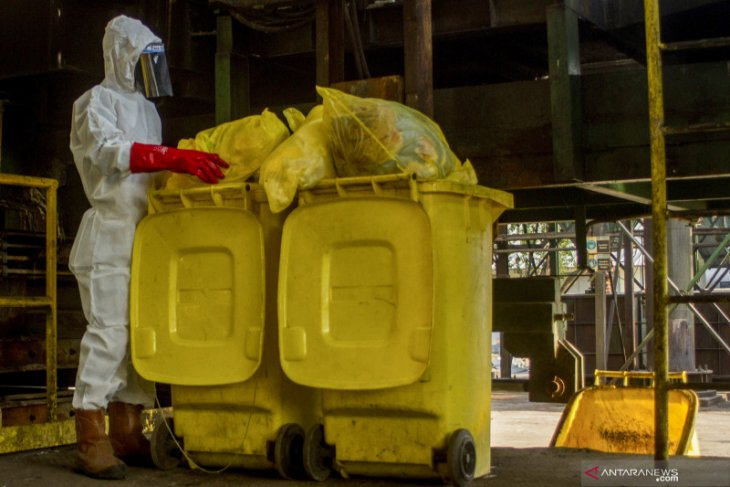 Micro PPKM authorities should consider medical waste management