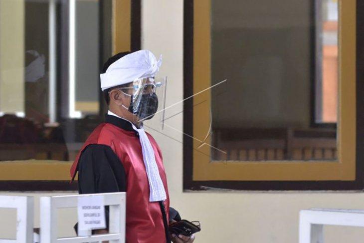 Pengadilan Negeri Denpasar buka kembali