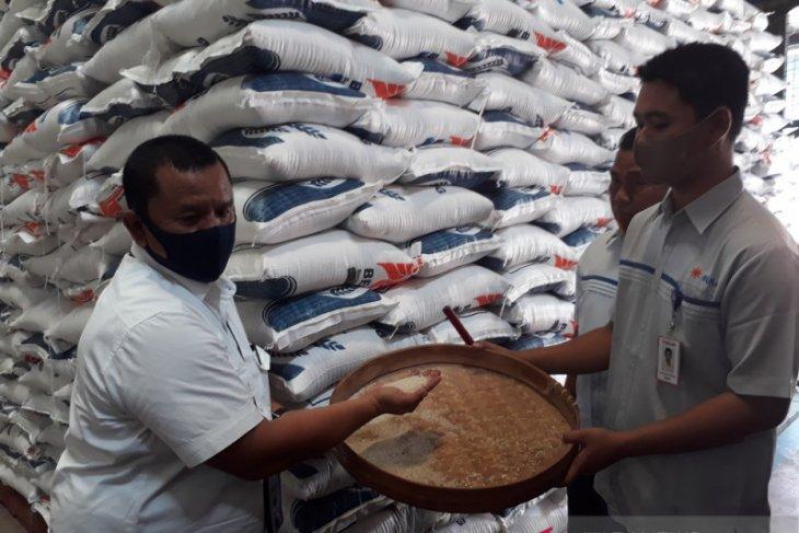 147.118 KPM-PKH di Kediri terima bansos beras