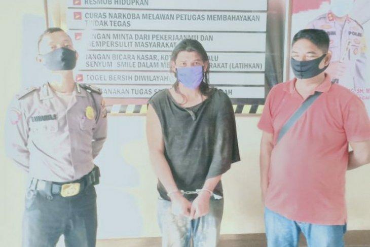 Polisi tangkap warga pamer sabu-sabu ke masyarakat