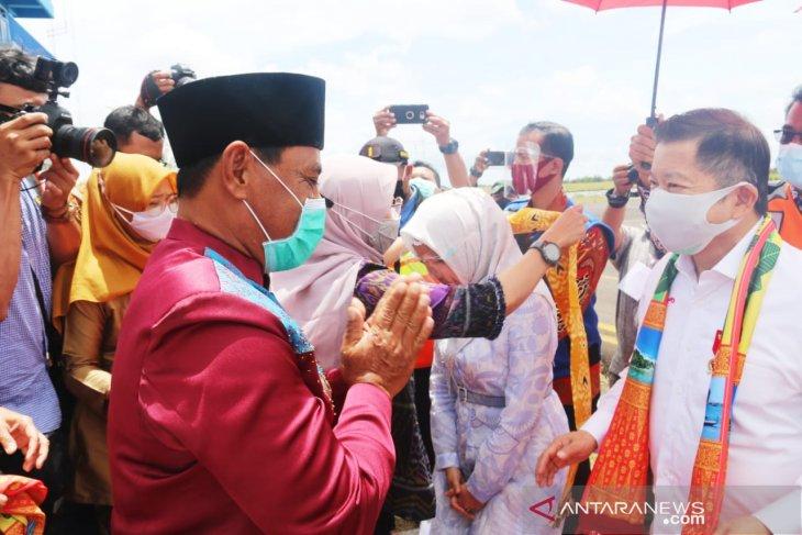 Bupati Belitung sambut kedatangan Menteri PPN/ Kepala Bappenas RI