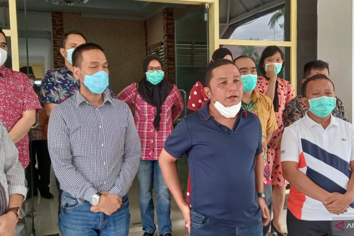 Sikap tegas Bupati Tapteng larang dokter praktik di RS lain saat jam dinas