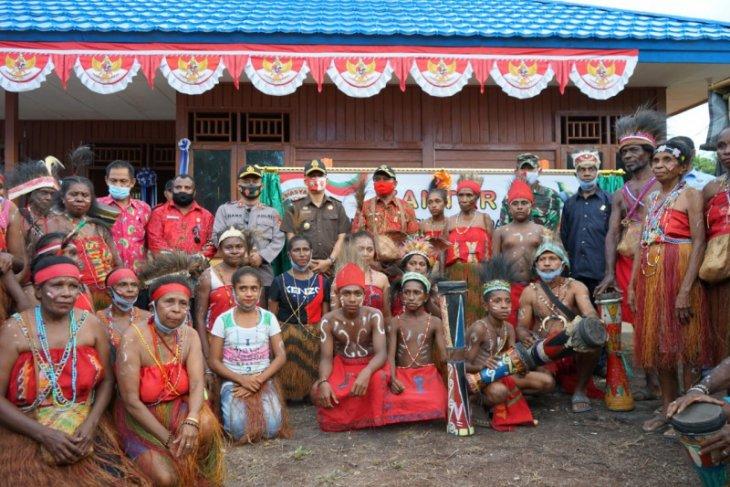 Papuans split over status quo on autonomy